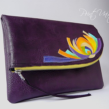 Abstract Lilly (purple)