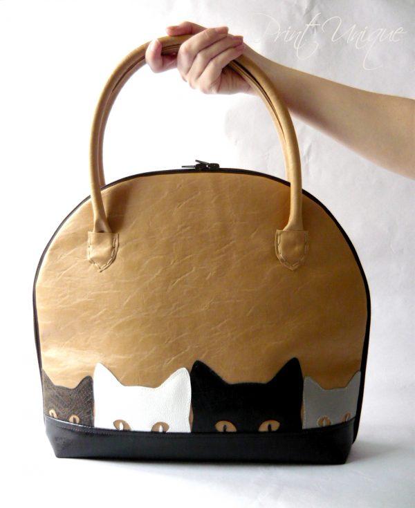 Bag of kittens